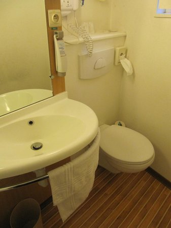 Ibis Brussels City Centre Hotel: Bagno