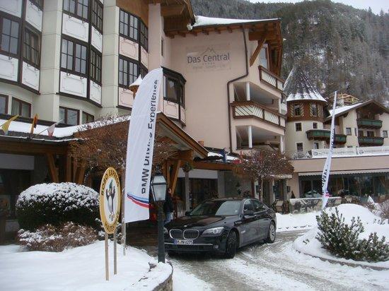 Das Central - Alpine . Luxury . Life:                   Das Central