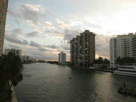 GALLERYone - A DoubleTree Suites by Hilton Hotel:                   Looking down the inter coastal from bridge.  Hotel is on the right