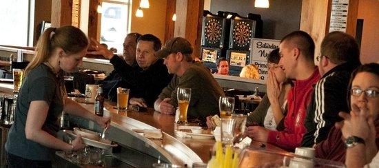 St. Francis Brewery: Customers at the bar