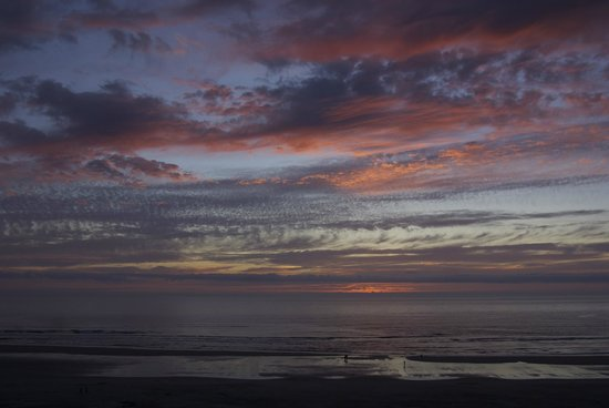 Inn at Cannon Beach: Spectacular sunsets.