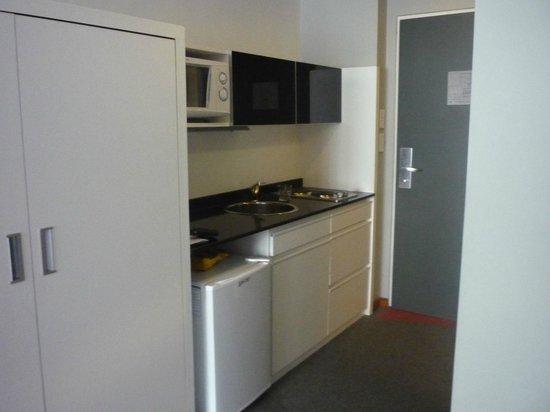 Monserrat Apart Hotel: cocina
