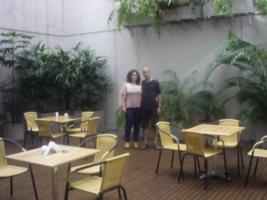 Monserrat Apart Hotel: jardín de invierno