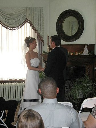 Columbian, A Bed and Breakfast Inn: A wedding in the Parlor