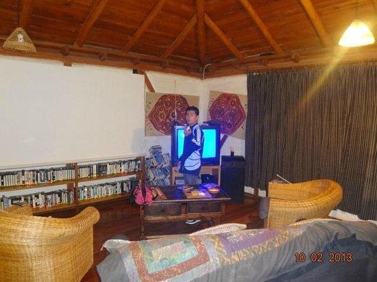 Casa Mojanda:                   tv