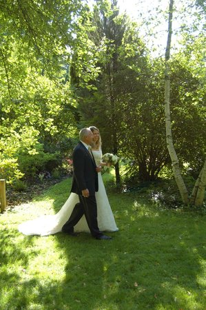 Arlington Inn: Father & Bride wedding ceremony