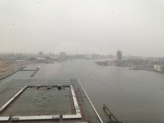 Movenpick Hotel Amsterdam City Center: Aussicht aus dem 14. Stock