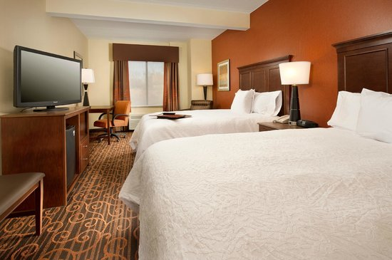 Hampton Inn Haverhill : Enjoy clean and fresh bedding with each and every stay.