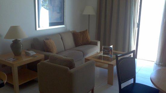 Hollywood Mirage Tenerife:                   nice living room