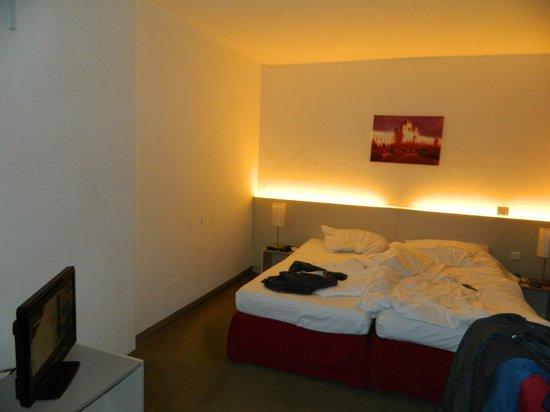 Austria Trend Hotel Beim Theresianum:                   Bedroom