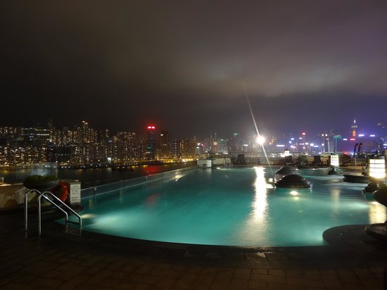 Harbour Grand Kowloon:                   Rooftop swimming pool