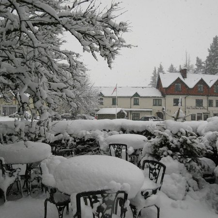 Exmoor Lodge Guest House : Lovely, lovely snow