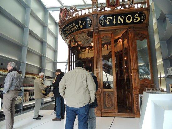 Bodegas Lopez de Heredia Vina Tondonia: restauración