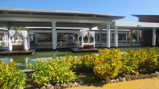 Catalonia Bavaro Beach, Casino & Golf Resort:                   Buffet Principal