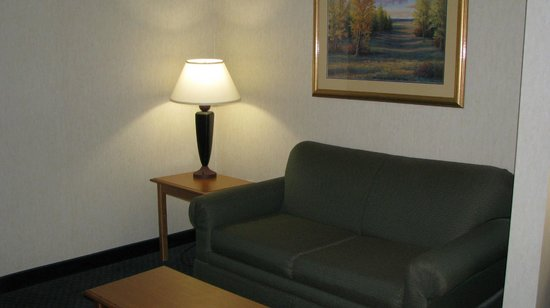 Holiday Inn Express Cherokee/Casino: King Bed Executive Suite (Room 216)