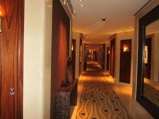 Raffles Dubai:                   corridor