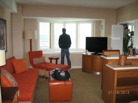 Tropicana Las Vegas - A DoubleTree by Hilton Hotel:                   Common Area                 