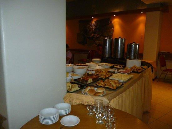 Hotel Cordon del Plata:                   desayuno