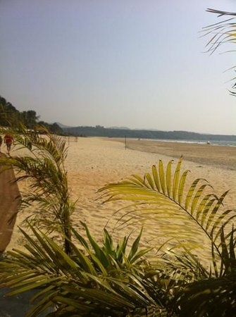 Q-Ba Beach Bar and Restaurant:                                     view from the ground floor