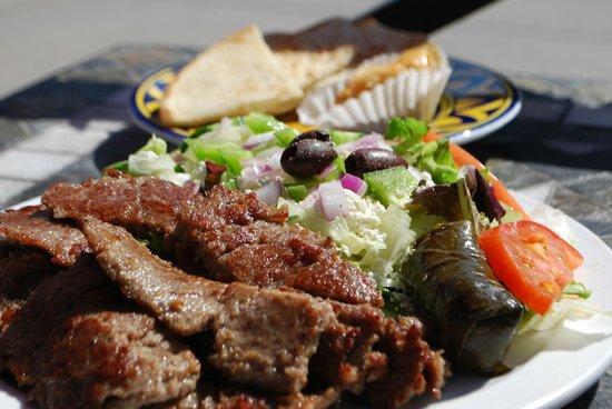 Melita's Greek Cafe and Market: Melita's Gyros Platter