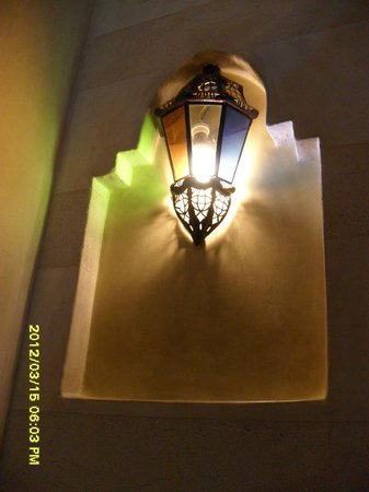 MonRiad:                   una delle varie lampade