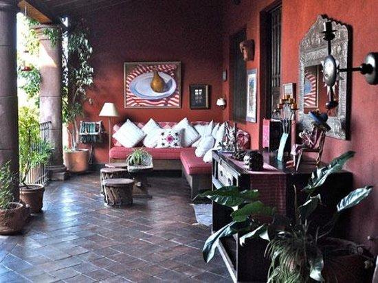 Casa de la Cuesta: Roman Lopez Patio