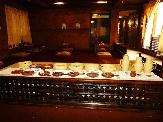 Kantipur Temple House: breakfast buffet