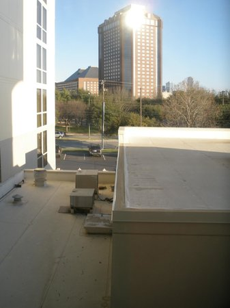Hilton Garden Inn Dallas / Market Center: View from Room