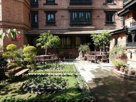 Kantipur Temple House: front garden