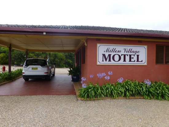 Milton Village Motel: Reception area