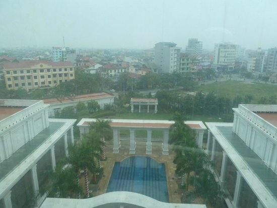 Indochine Palace :                   View of the Pool