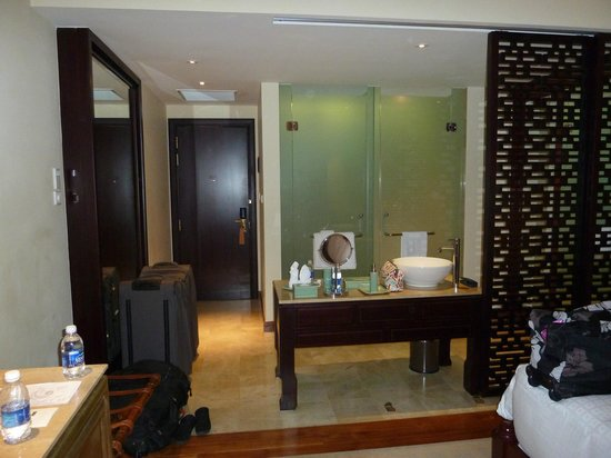 Indochine Palace :                   Our Facilities