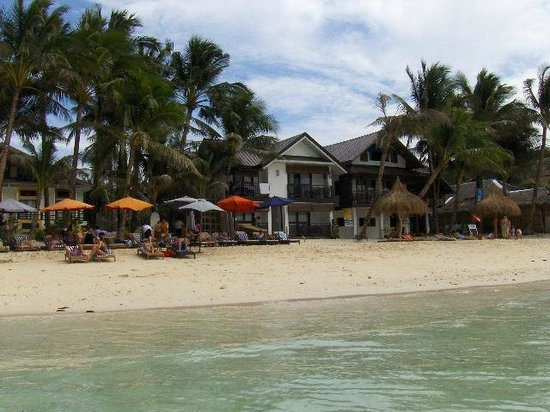Microtel Inn & Suites by Wyndham Boracay :                   11