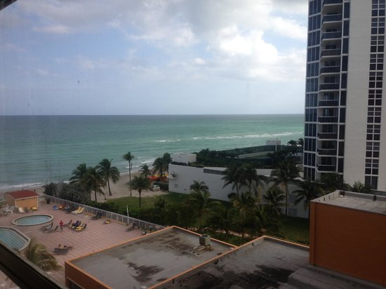 Ramada Plaza Marco Polo Beach Resort :                   My view