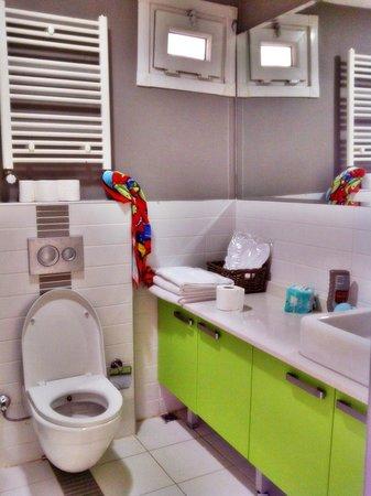 Ala Suites: Bathroom.