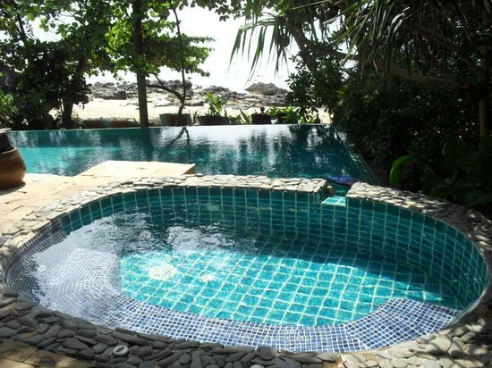 Narima Bungalow Resort : Pool