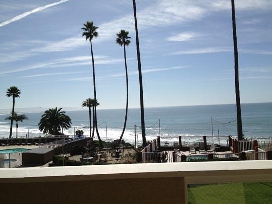 سي كريست أوشن فرنت هوتل:                   view from our balcony                 