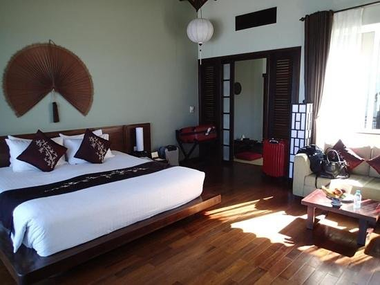 Victoria Hoi An Beach Resort & Spa: very spacious junior deluxe beachfront villa (room 318)