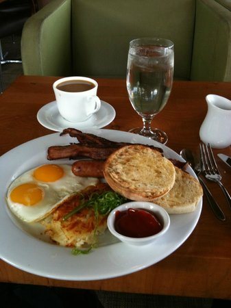 Alderbrook Resort & Spa :                                     Delicious breakfast.  (But the food is a bit expensive)