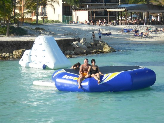 Dreams Puerto Aventuras Resort & Spa All Inclusive:                   I guess its just for kids....