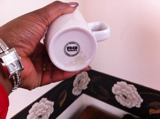 Fownes Hotel:                   The dirty mug