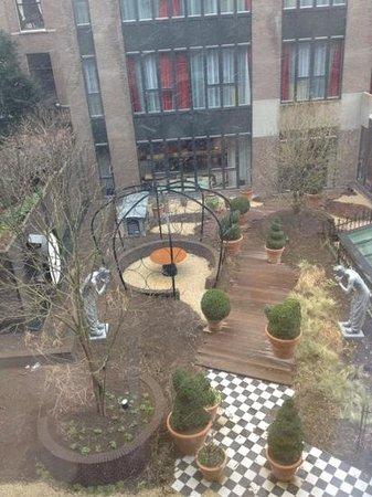 Andaz Amsterdam Prinsengracht:                   Garden view