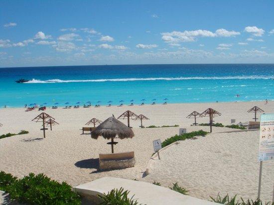 Hotel Riu Caribe:                   Cancún - México