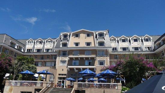 Gran Hotel Pucon:                   tomada desde el Lago