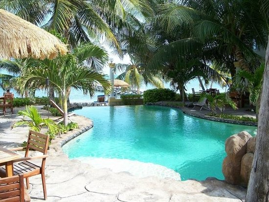 Pelican Reef Villas Resort:                   Awesome Pool
