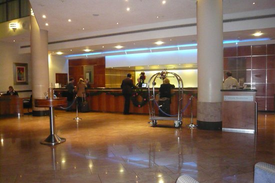 Sofitel London Gatwick:                   Reception
