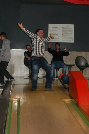 Hotel Princesa Parc:                                                       Andrew Colwill gets a strike!