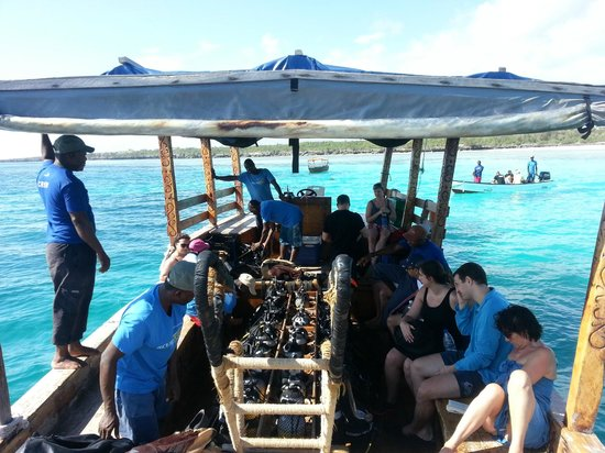 Azanzi Beach Hotel:                   scuba