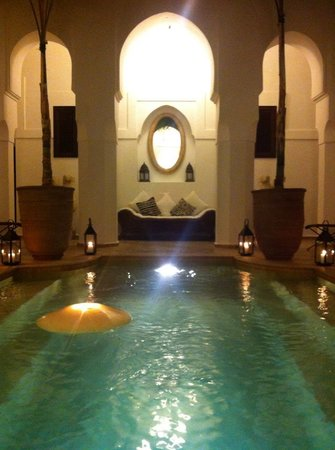 Dar Mo'da:                   Swimming pool