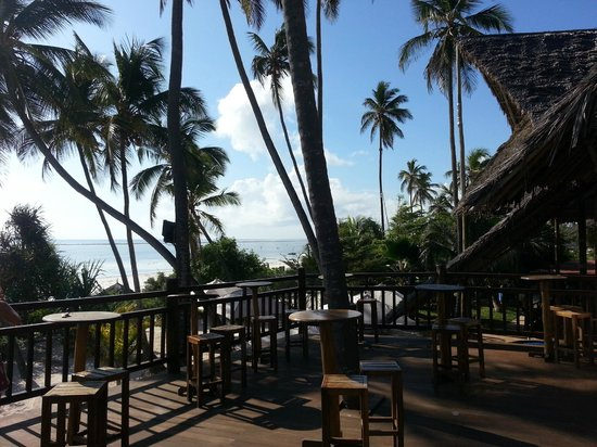 Kena Beach Hotel & Villas (Formerly Azanzi Resort):                   restaurant view